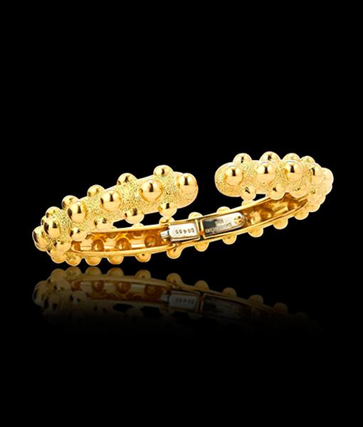 David Webb Kingdom Collection Textured Gold Bracelet