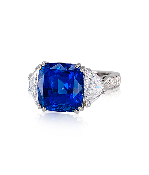 Cayen Collection Blue sapphire and Diamond Ring
