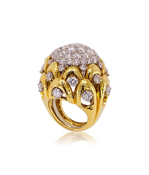 David Webb Brilliant-cut Diamond Hammered Ring