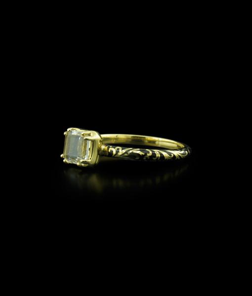 Erica Molinari 18K Gold and Black Enamel Skull Ring