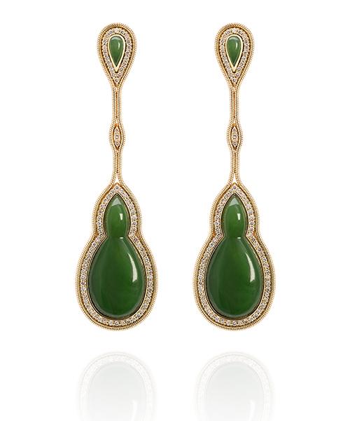 Fernando Jorge Fluid Nephrite Earrings framed Diamonds
