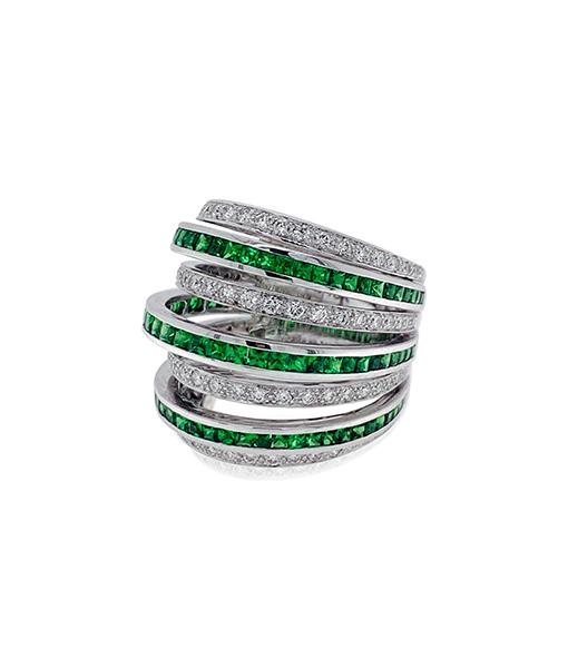 Nini Tsavorite and Diamond Ring