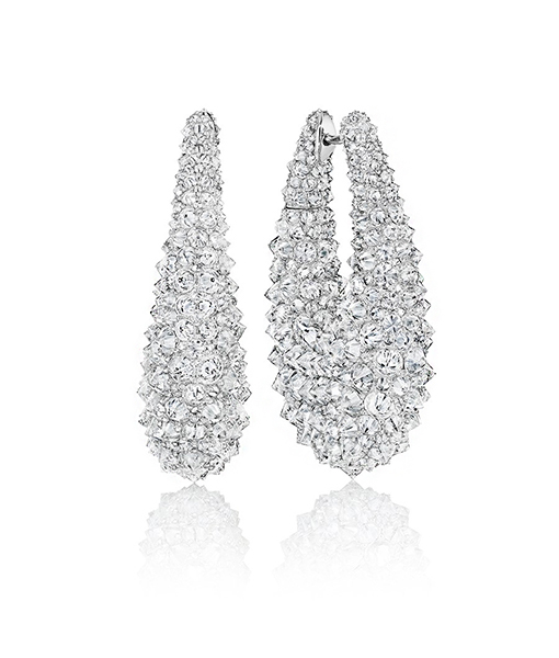 Siegelson Inverse Diamond Earrings Hoops