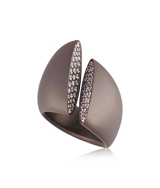 Vhernier Eclisse Diamond Titanium Ring
