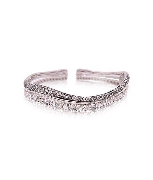 Etho Maria White Diamond Cuff