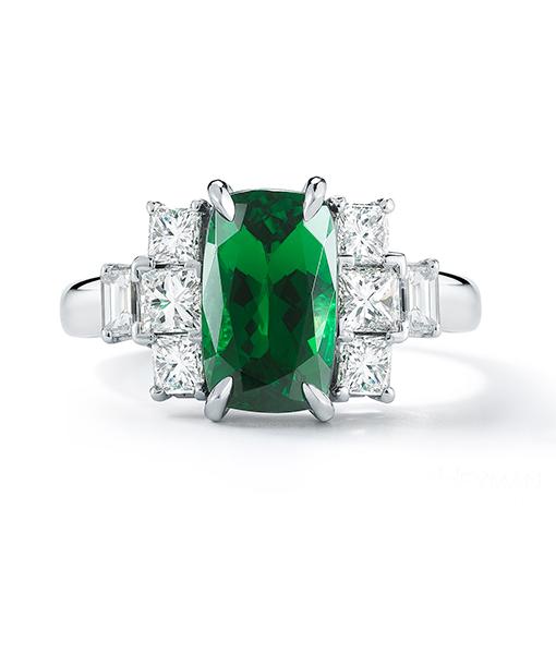 Oscar Heyman Tsavorite and Diamond Ring