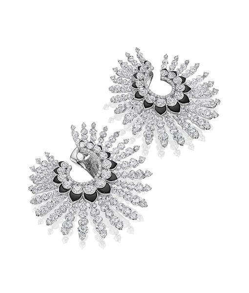 Diamond Onyx Spiral hoop Earrings